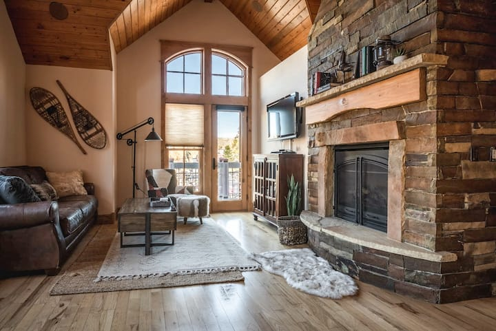 Breckenridge Bliss | Majestic Mountain Views