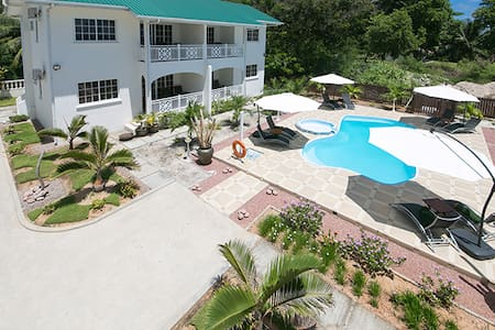 Villa Koket Self Catering Apartment - Machabee