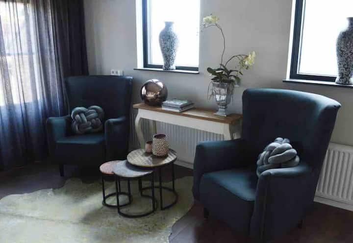 Luxe appartement, keuken, sauna, centrum,Pieterpad