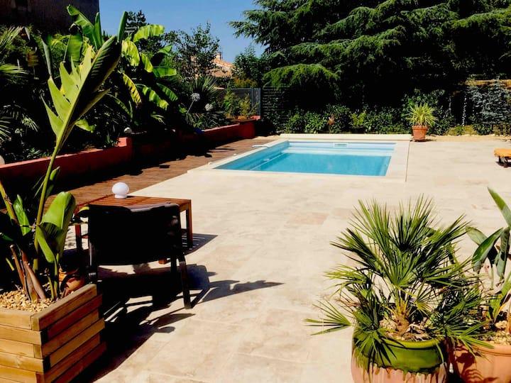 Maison avec piscine à 10 mn d'Aix en provence