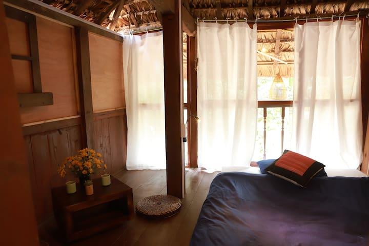 Co  Home, private room on stilt house 01 HG city