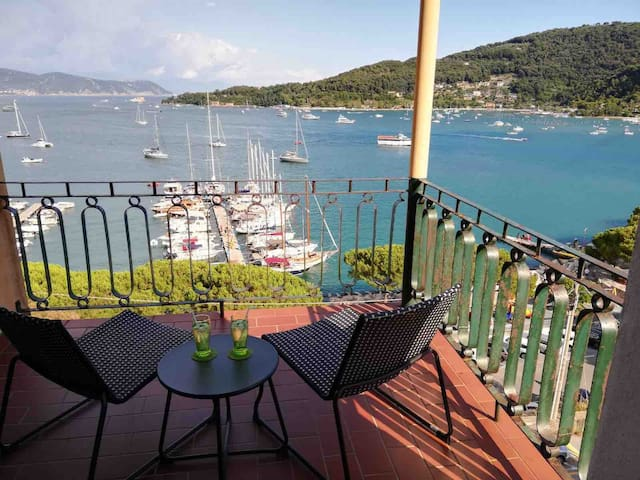 Wonderful seeview in Portovenere 50 m from the see