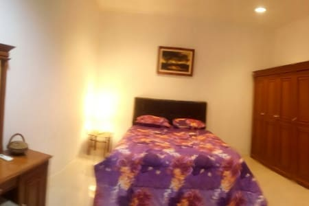 Cozy room in secure estate - Serpong