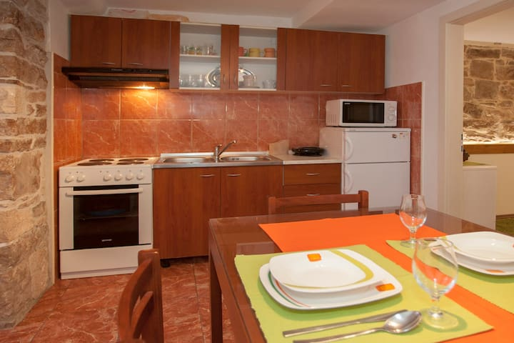 Apartment Marta with lovely terrace in city center