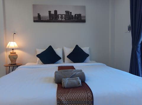 Kamala ฺBeach, Cozy Room, Speed-WiFi + Internet TV