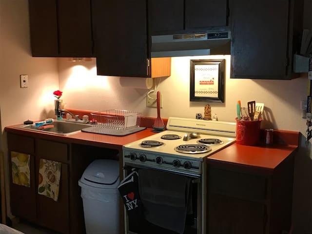 Cozy Apt in the ❤️ of Uptown - Minneapolis - Apartamento