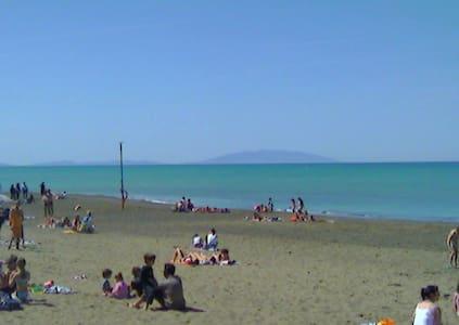 appartamento vicinissimo al mare - Marina di Castagneto Carducci - Flat