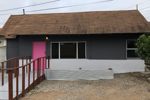 Casa Franklin Pink Door