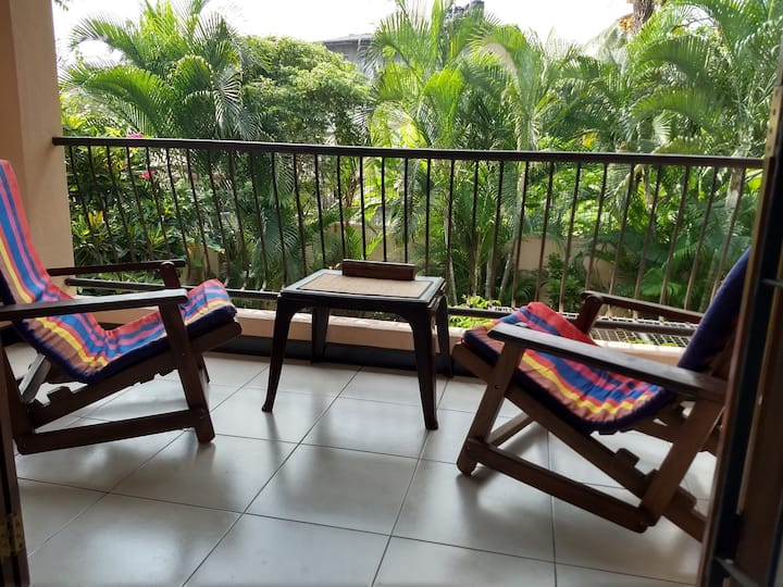 Tropical paradise close to Colombo and the airport
