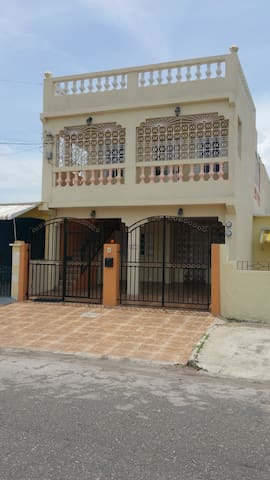 Long Term Rental at Secluded, Spacious Apartment