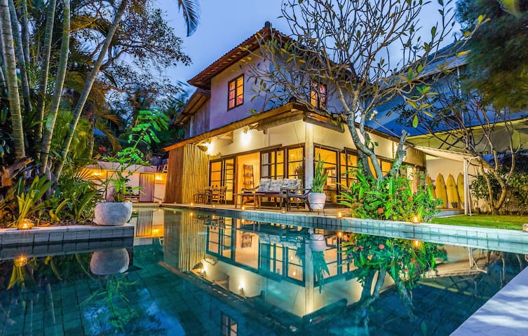 3 BDR Villa with private 12m pool, best location
