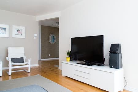Spacious and Beautiful 3BR Apartment, Sleeps 6 - Lägenhet