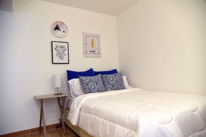 Acogedora Habitación en Casa Residencial - R10