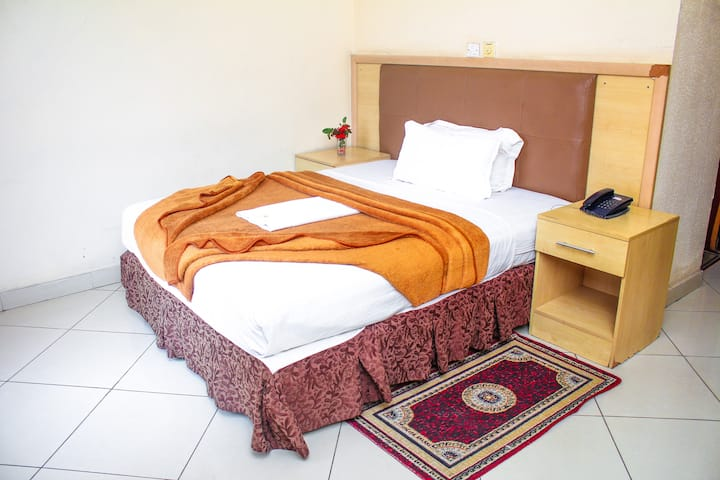 Standard Rooms Suite for  Couples and Work Stays