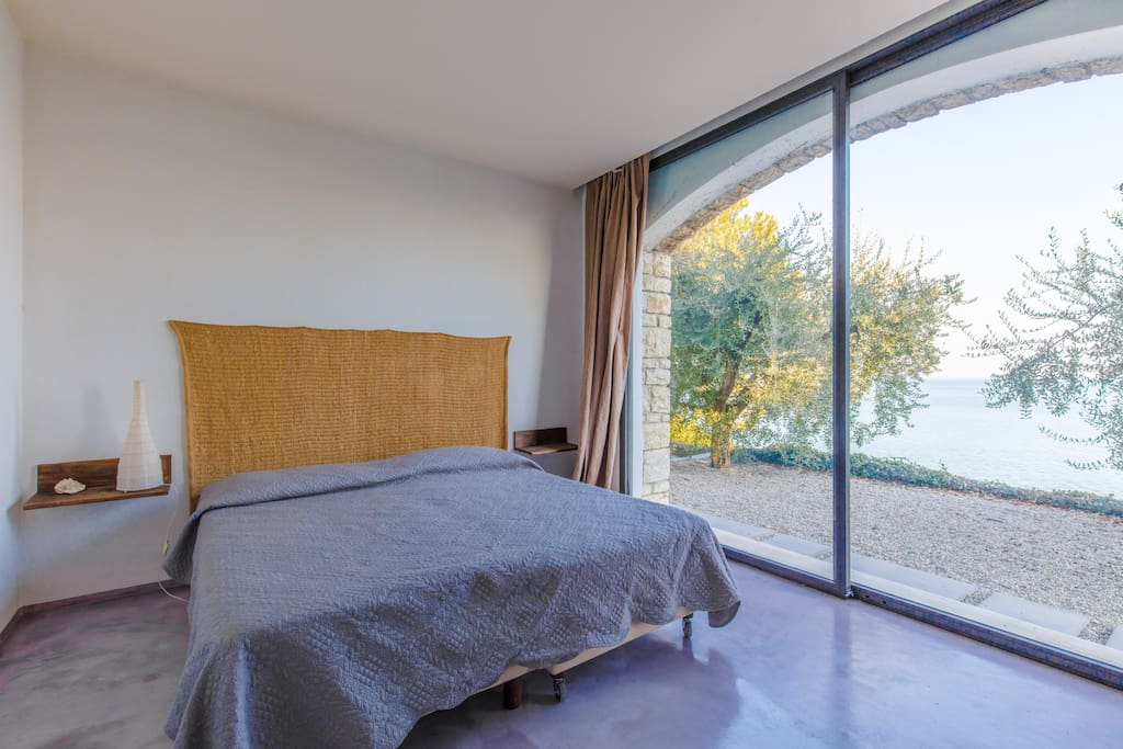 Appartamento in villa sul lago appartamenti in affitto a for Appartamento sul lago
