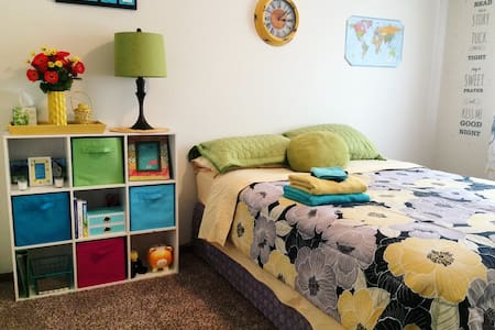 Sweet Dreams Room - Grand Forks - Leilighet