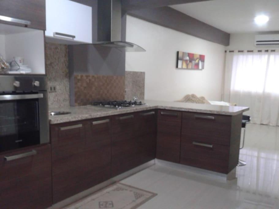 cocina equipada / kitchen
