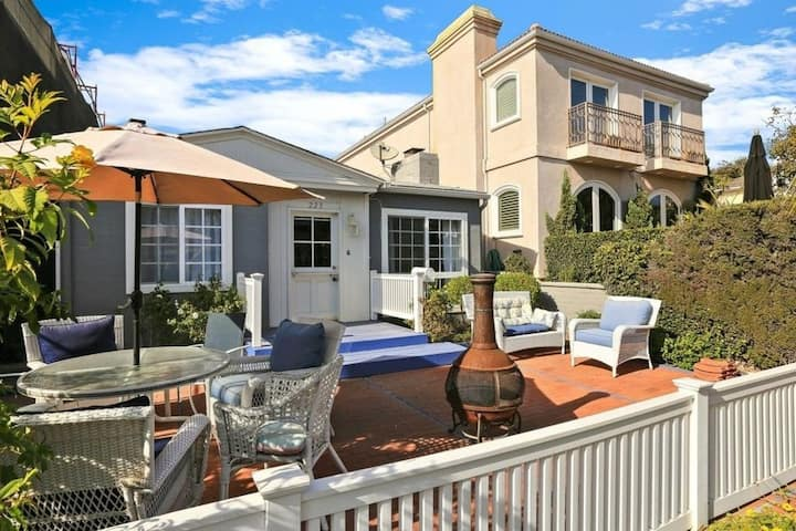 Beach Home Steps from the Water in Corona Del Mar