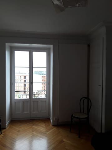 Beautiful and cozy apartment downtown GVA