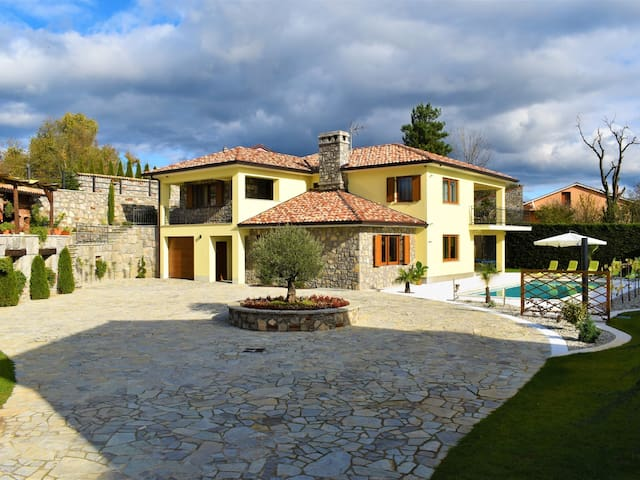 Villa Karla Istria with swimming pool