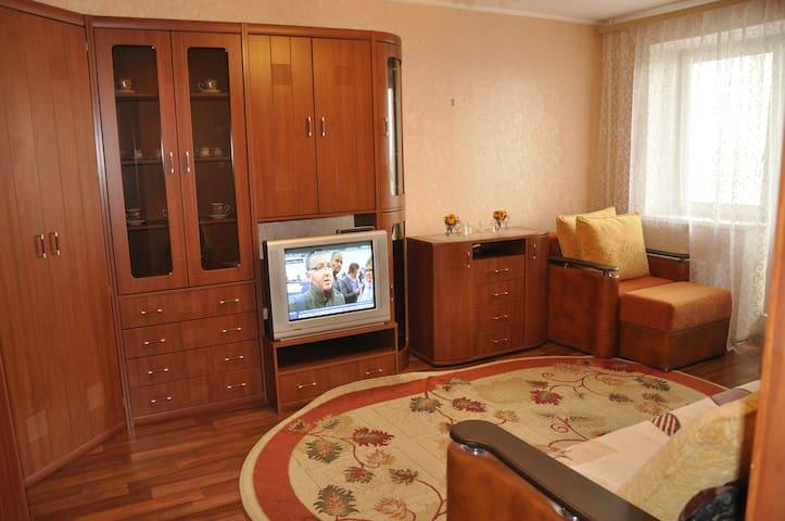 Сдаю 1 комнатную большую чистую квартиру - Voronez - Daire