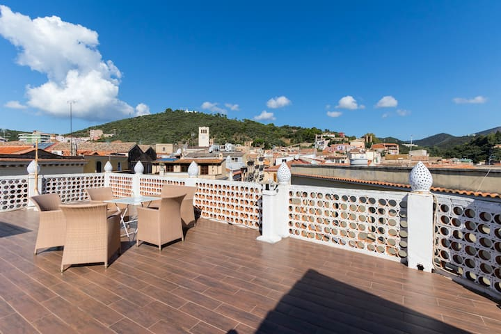 Historic apartment with terrace - Iglesias - Apartment