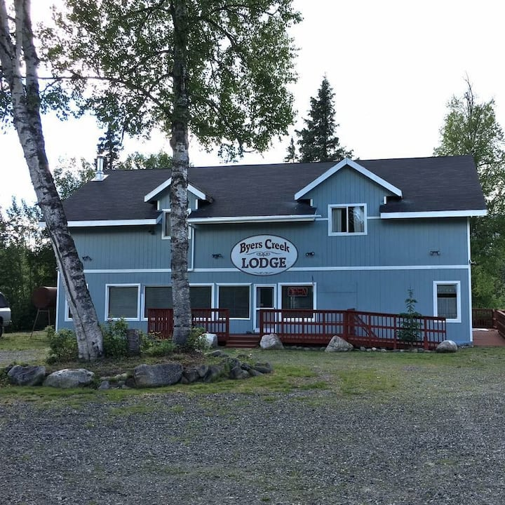 Byers Creek Lodge & Cabins in Denali State Park