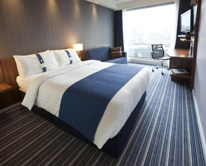 Essential and Business Travel Only: Satisfying Room Standard At Manchester
