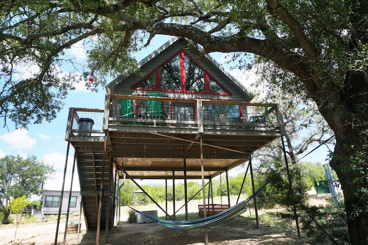 Arbor House of Dripping Springs - Finch House