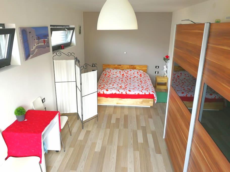 24 m2 private room