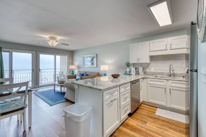 Ocean Front Oasis II On Crystal Beach w/  CONTACT FREE CHECK IN