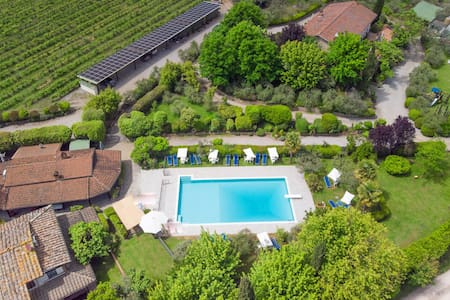 Apartment Villa Chianti Pool WiFi Air Cond. (A)