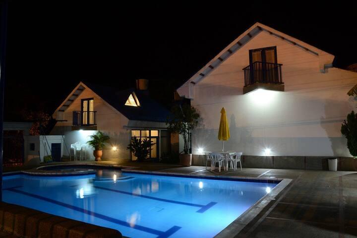 Casa Melgar piscina 6 personas - Melgar - Rumah