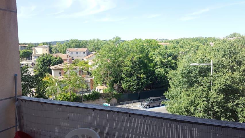Appartement avec terrasse à Aix en Provence