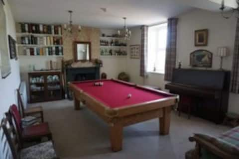 Old Schoolhouse (Hot tub) a perfect family getaway
