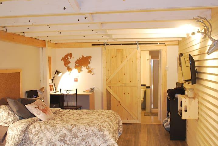 Chaleureux loft dans Vieux-Limoilou - Ville de Québec - Lejlighed