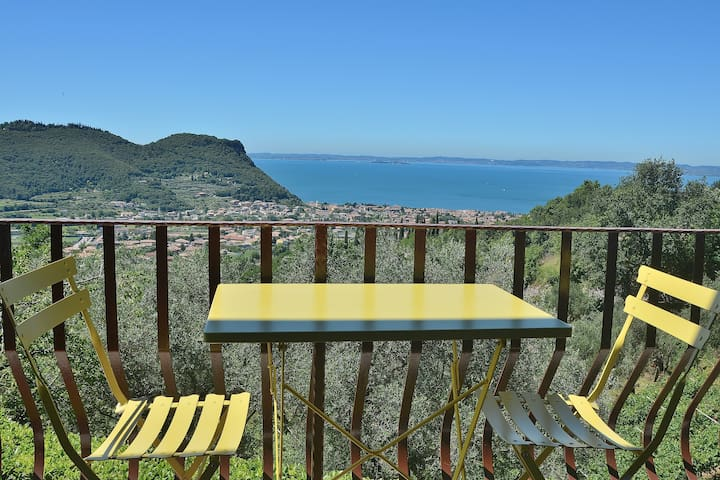 House Pool And Views On Garda Bay - Garda - Apartament