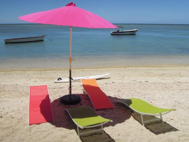 Chambres de charme  sur la plage - Tombeau Bay - Oda + Kahvaltı