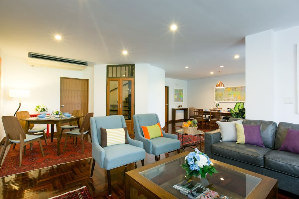 Spacious living and dining room on level one