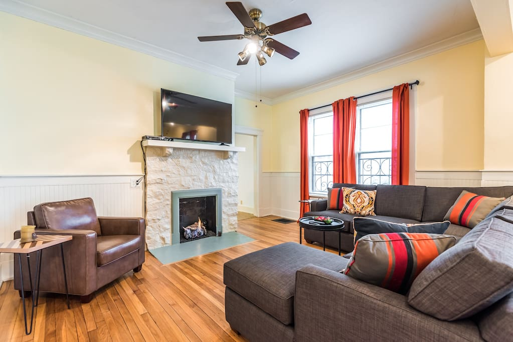Living Room with Operating Gas Fireplace