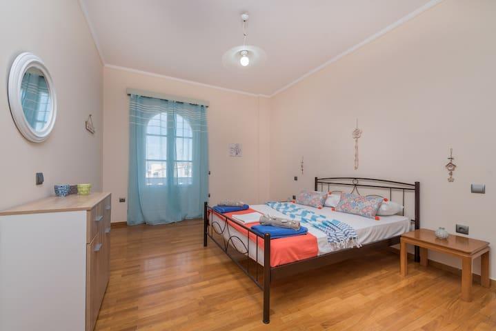 Iokasti 3 Bedroom Apartment