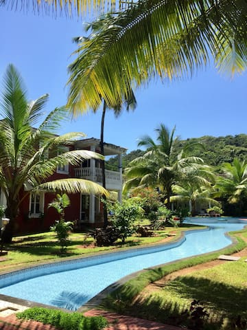 Sun-kissed Holidays, Vagator, Goa- Coral Marina