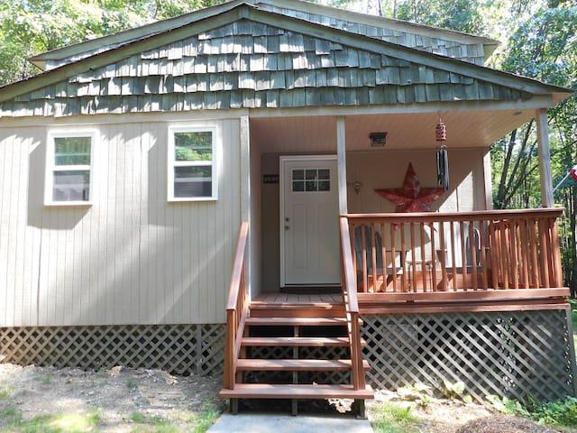 Hogback Lodge