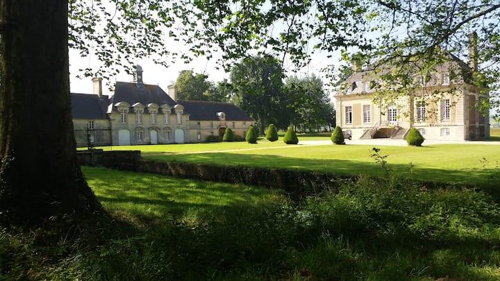Monument historique proche de  Bayeux