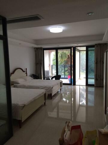 北部湾一号,园林双床房。适合度假居家生活。 - Beihai