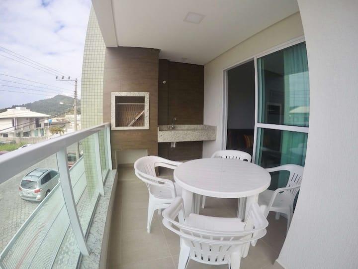 Lindo APTO 02 Dormitórios na Praia de Bombinhas