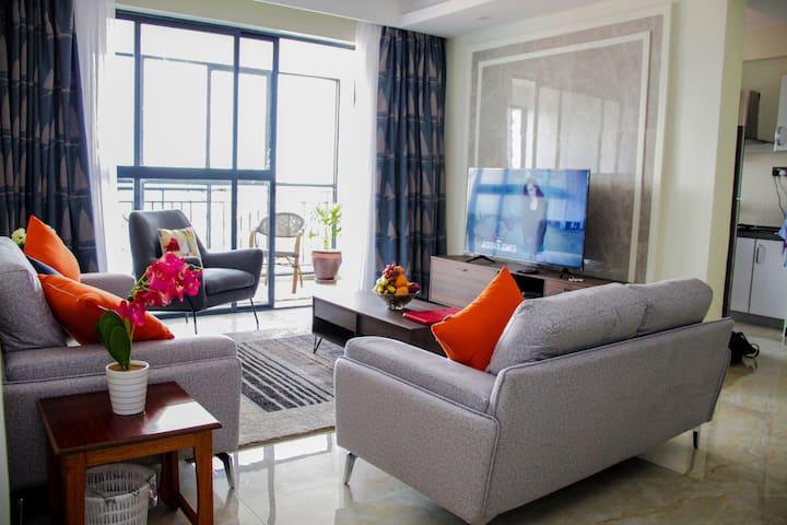 Modern Executive Apartment near Yaya centre