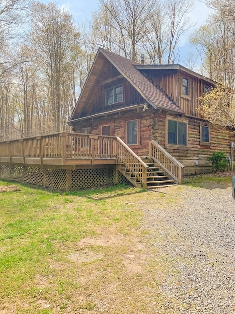 Family Friendly Cabin in the Woods