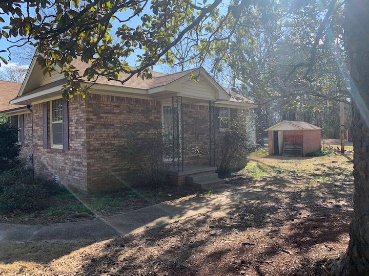 Tupelo's Blue Suede Cottage