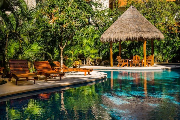 Tulum Beaches Blissful Private 2 Bedroom with Pool - Tulum - Apto. en complejo residencial